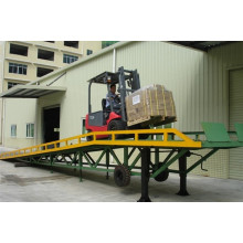 China for Trailer Ramps 10t Electric Adjustable Forklift Container Yard Ramp Leveler supply to South Korea Importers