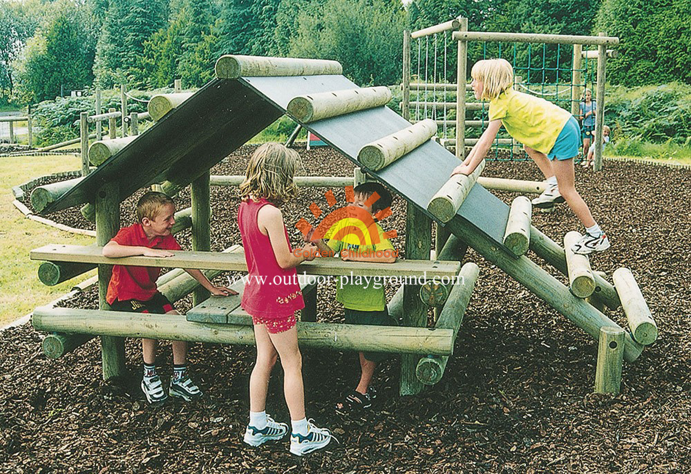 outdoor log climbing playhouse playground