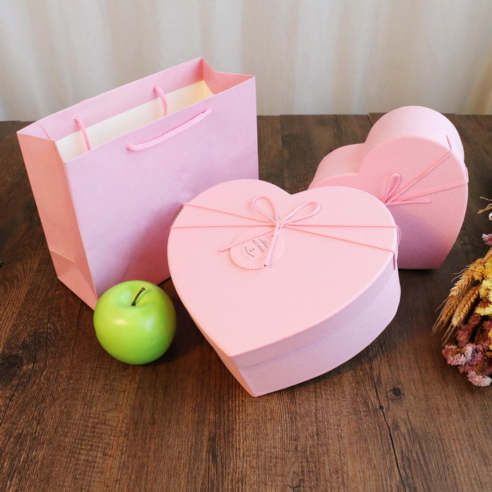 Heart Shape Waterproof Flower Packaging Box
