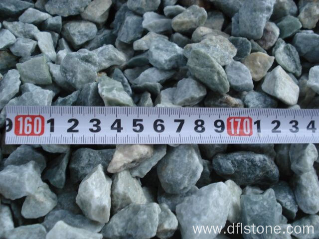 Beautiful Natural Green Gravel Pebble Stones for Garden