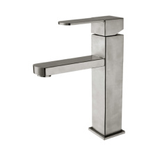 Washbasin cold and hot faucet