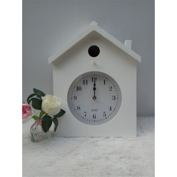 House Shape Wooden Clock Hanging