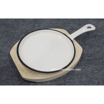 Enamel cast iron round pan with panel