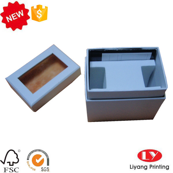 paper box with window