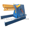 Yellow colored corrugated metal sheet roll forming machine