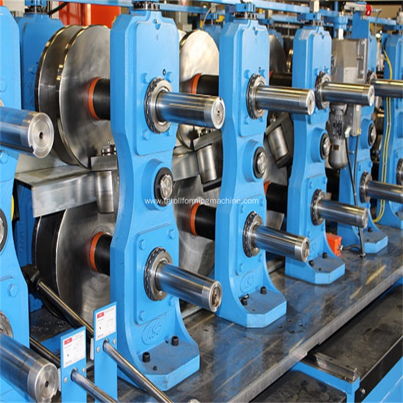 Steel Profile Omega Purlin Cold Roll Forming Machine
