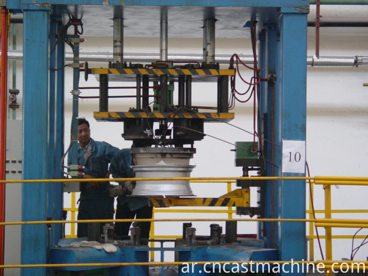 low pressure machine for automatic casting