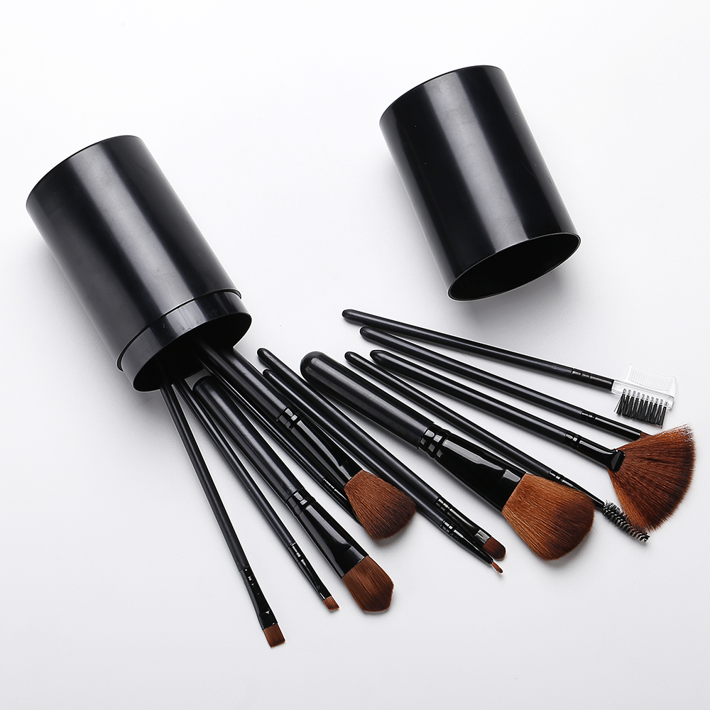Black Plastic Barrel Makeup Brush Set