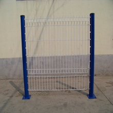 Triangle Bending Welded Metal Wire Mesh Fence Panel
