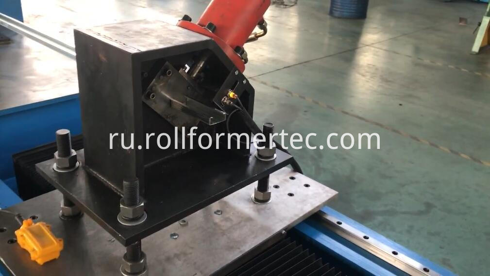 45/66 C 47/68 U Roll Forming Machine