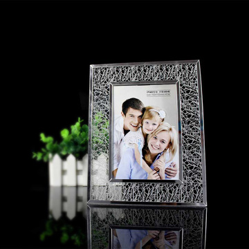 Cheap Acrylic Free Standing Photo Frames