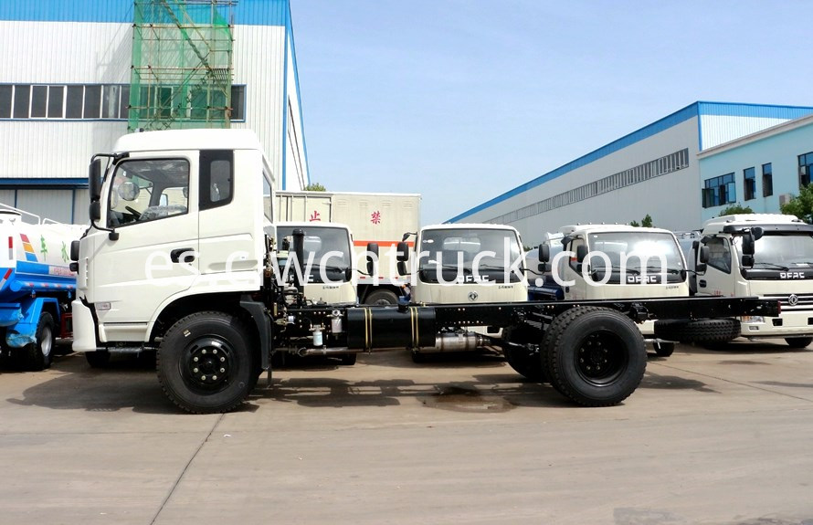 plant watering truck chassis 2