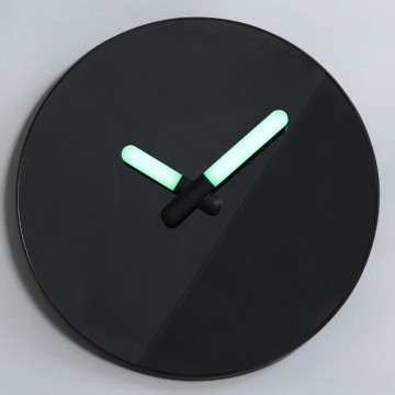 Black Mirror Wall Clock wigh Luminous Hands