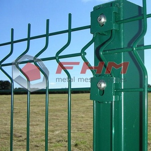 Vinyl Coated Residential Fencing for Industial Usage