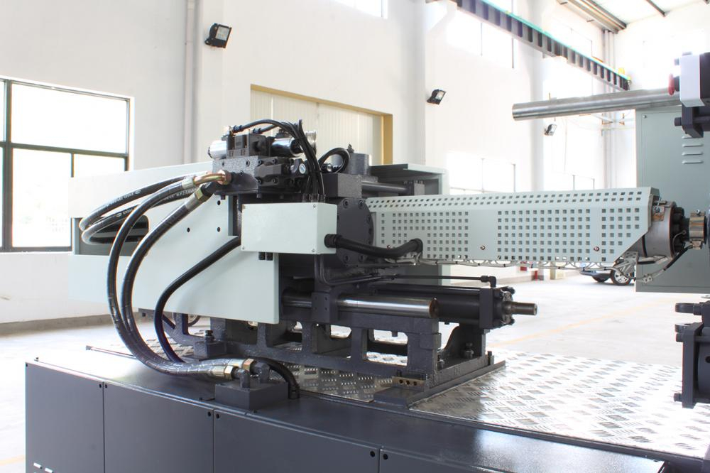 High Efficiency Sevo Injection Machine
