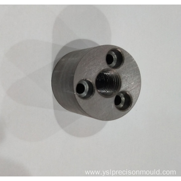 Round steel connector with threads