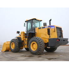 PORT GOODS LOADING 5 TON WHEEL LOADER SEM656D