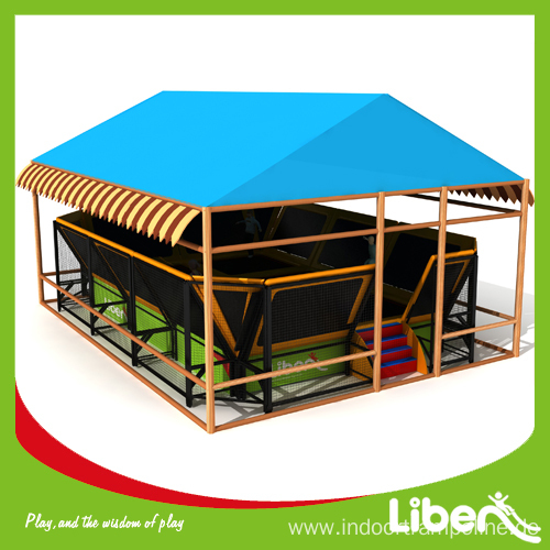 Outdoor trampoline tent cover