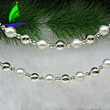 Elegant Glossy Polished Glass Chain Beads Decoration