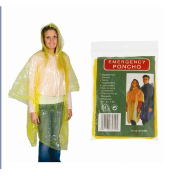 Supply for Emergency PE Raincoat Disposable Adult Plastic Poncho Raincoat export to Italy Manufacturers