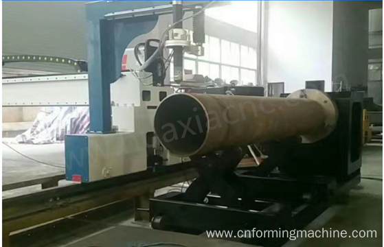 CNC Controlled Pipe Profile Cutting Machine