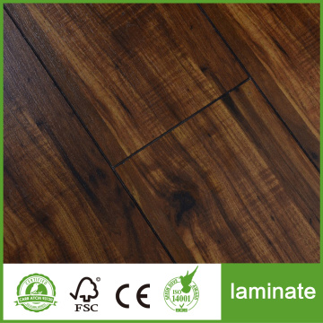 New Design 8mm AC4 Embossed Laminate Flooring