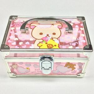 Plastic portable jewelry storage box