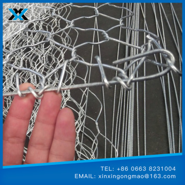 collapsible gabion mesh fence for flood control