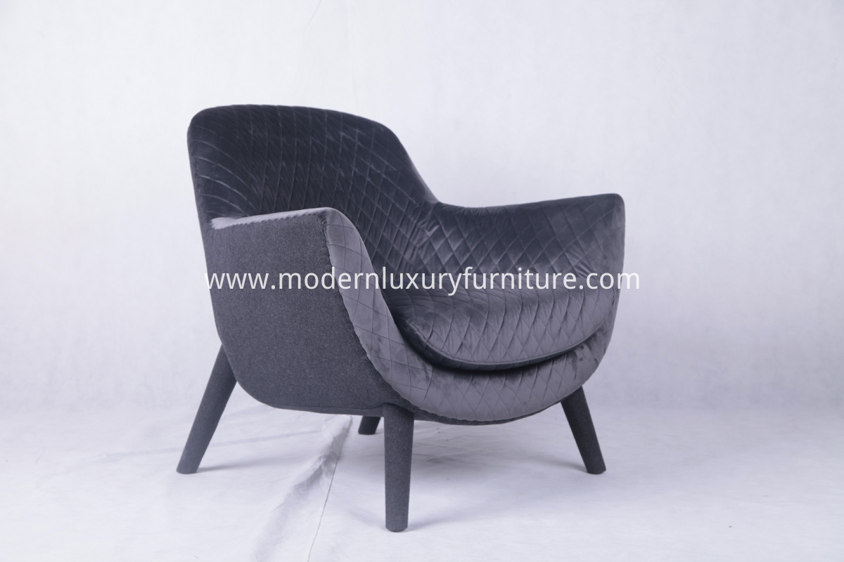 Poliform Mad Queen Armchair