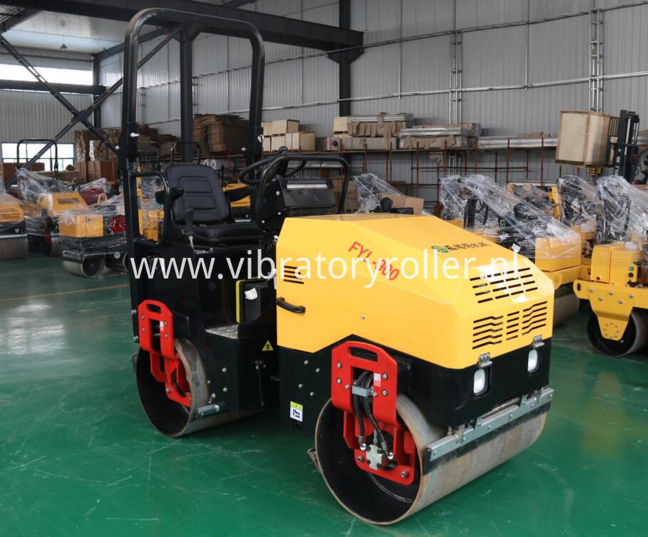 1.7ton road roller