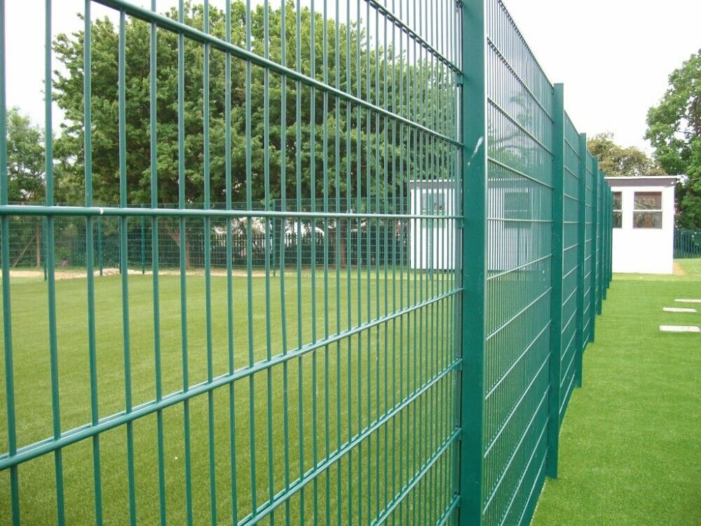 curved fence panel