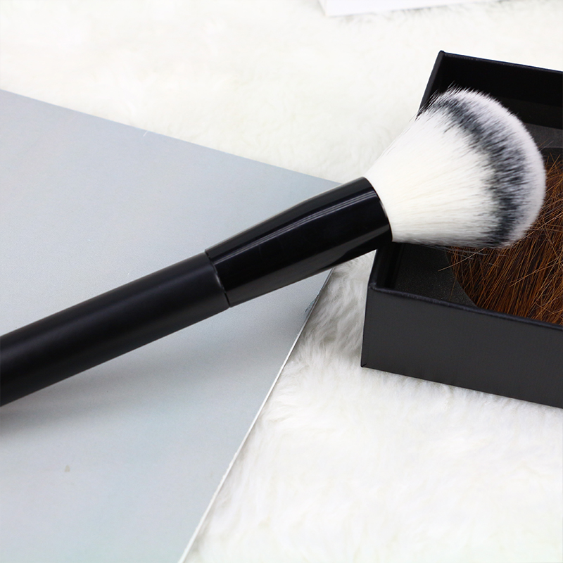 4 pcs custom logo makeup brush