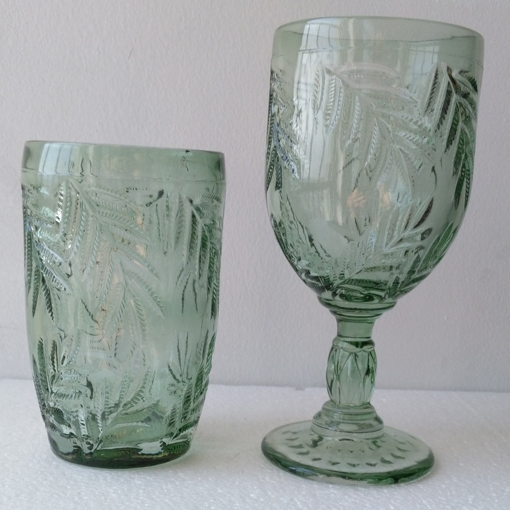 The Unique Design Leaves Patterned Green Glass2