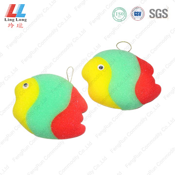 Gradient color fish style bath sponge