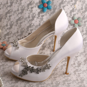 10 Years for Elegant Flat Bridesmaid Shoes Customized Different Heels Bridal Shoe Stores supply to France Wholesale