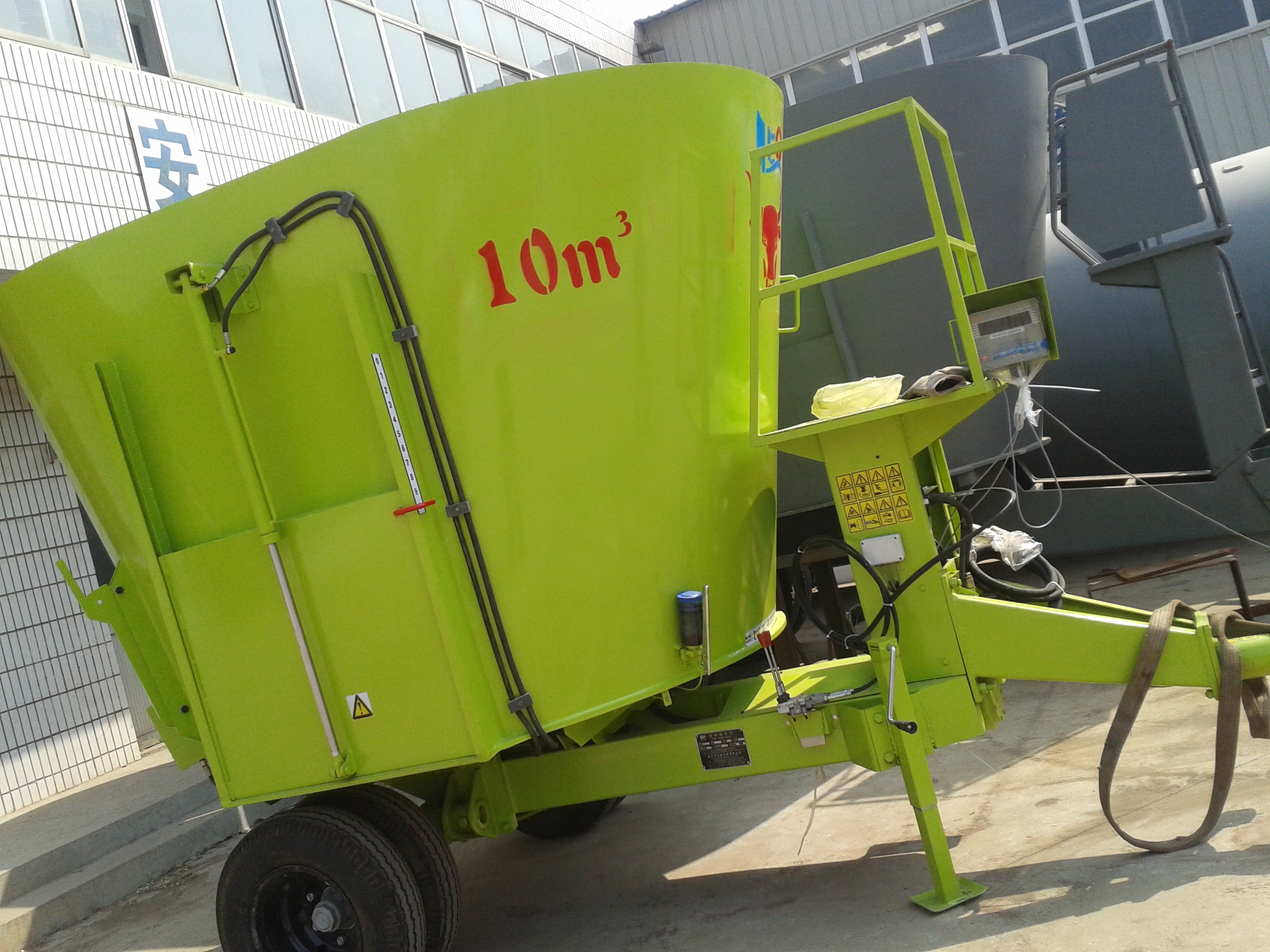 China Feed Mixer Machine,Vertical Tmr Feeding Mixer,Vertical Feeding