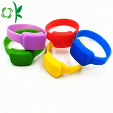 Discount Price Pet Film for Bug Repellent Bracelet Fashion Mosquito Wristband Silicone Repellent Mosquito Bands supply to United States Manufacturers