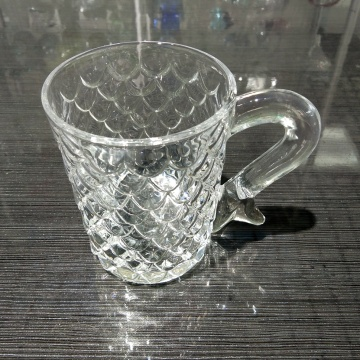 crystal glass cup tumbler with lovely handle