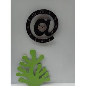China Manufacturers for Wooden Clock Alphate shape Creative Wooden Clcok supply to Nepal Factory