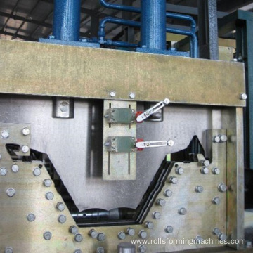 Cuvring Roof Tile Roll Forming Machine