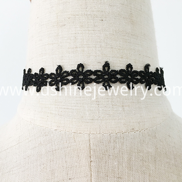 Black Hollow Flower Lace Choker