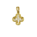 Lucky Leaf Yellow Gold Pendant 18 K