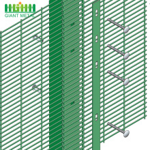 358 Hot Dipped Galvanized Airport Security Fence