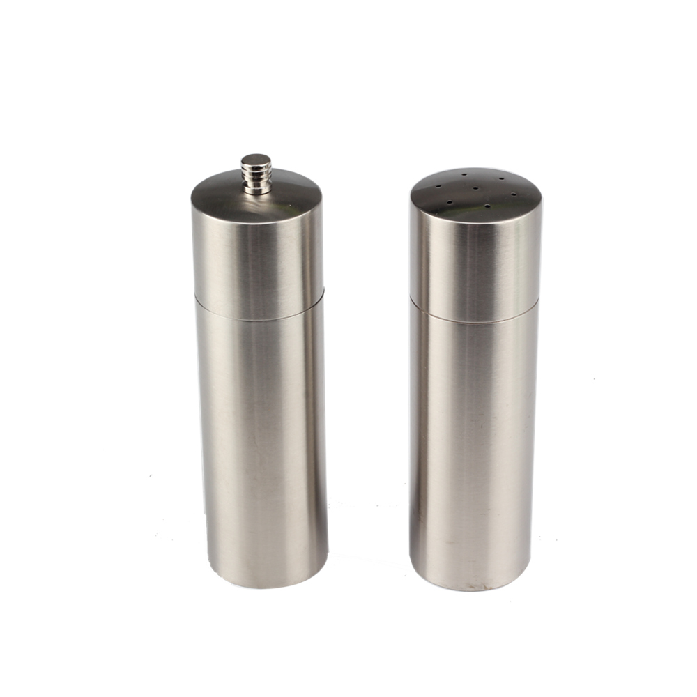 Salt And Pepper Mill Set With Adjustable Coarseness
