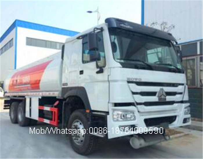 12.00R20 Tire 6x4 Oil Tanker Truck With PTO