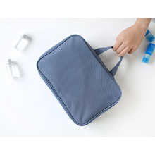 10 Years manufacturer for Lightweight Cosmetic Bags Hang Up Toiletry Kit for Cosmetics Makeup export to Serbia Wholesale
