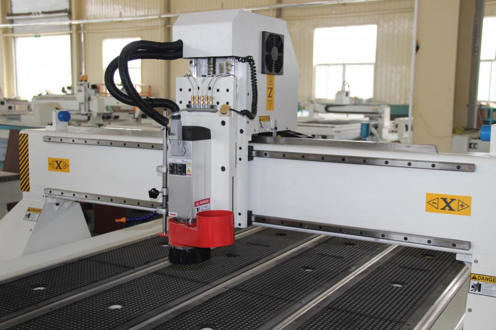 CNC router for wood furniture engraving cutting machine