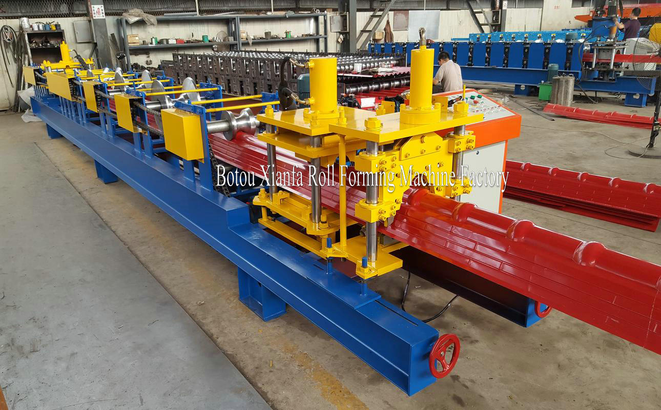 ridge cap rolling machine