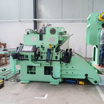 Coil feeding line decoiler straightener feeder