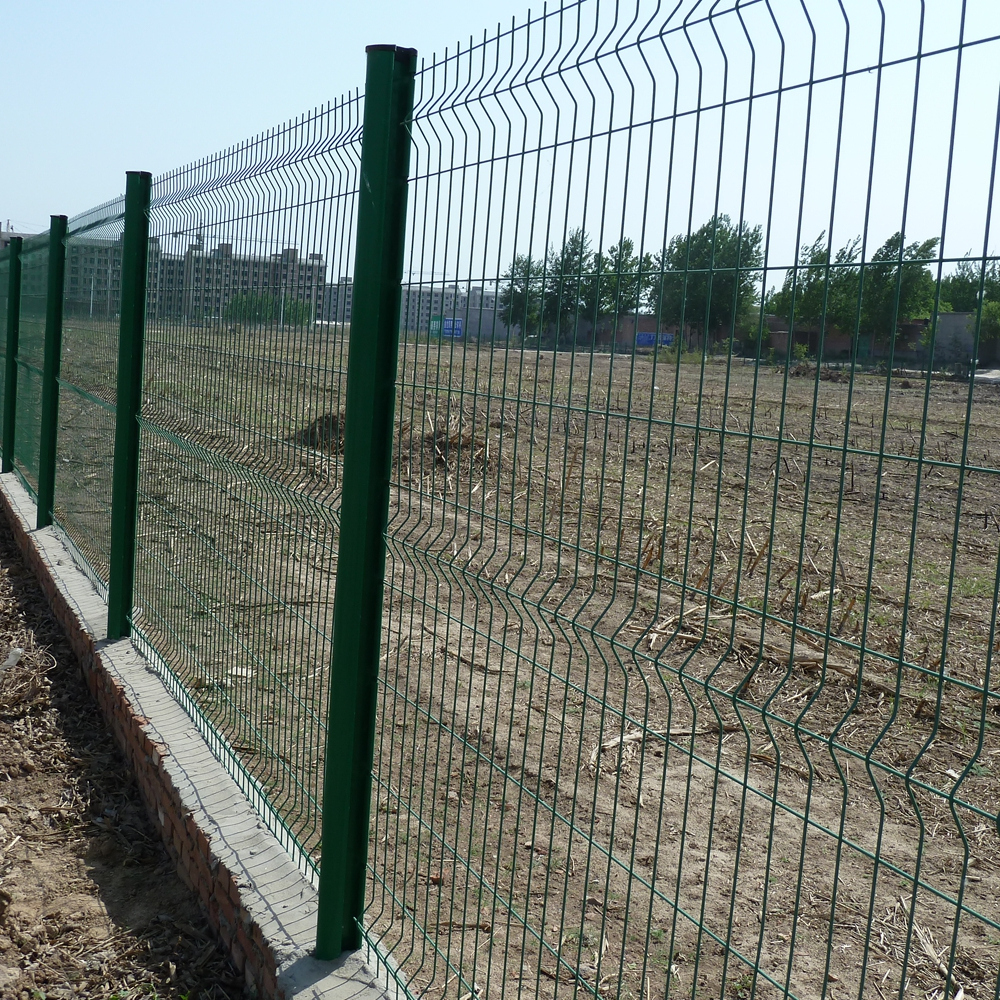 wire mesh fence102